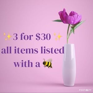 Tops - ✨🐝 3 for $30 🐝✨